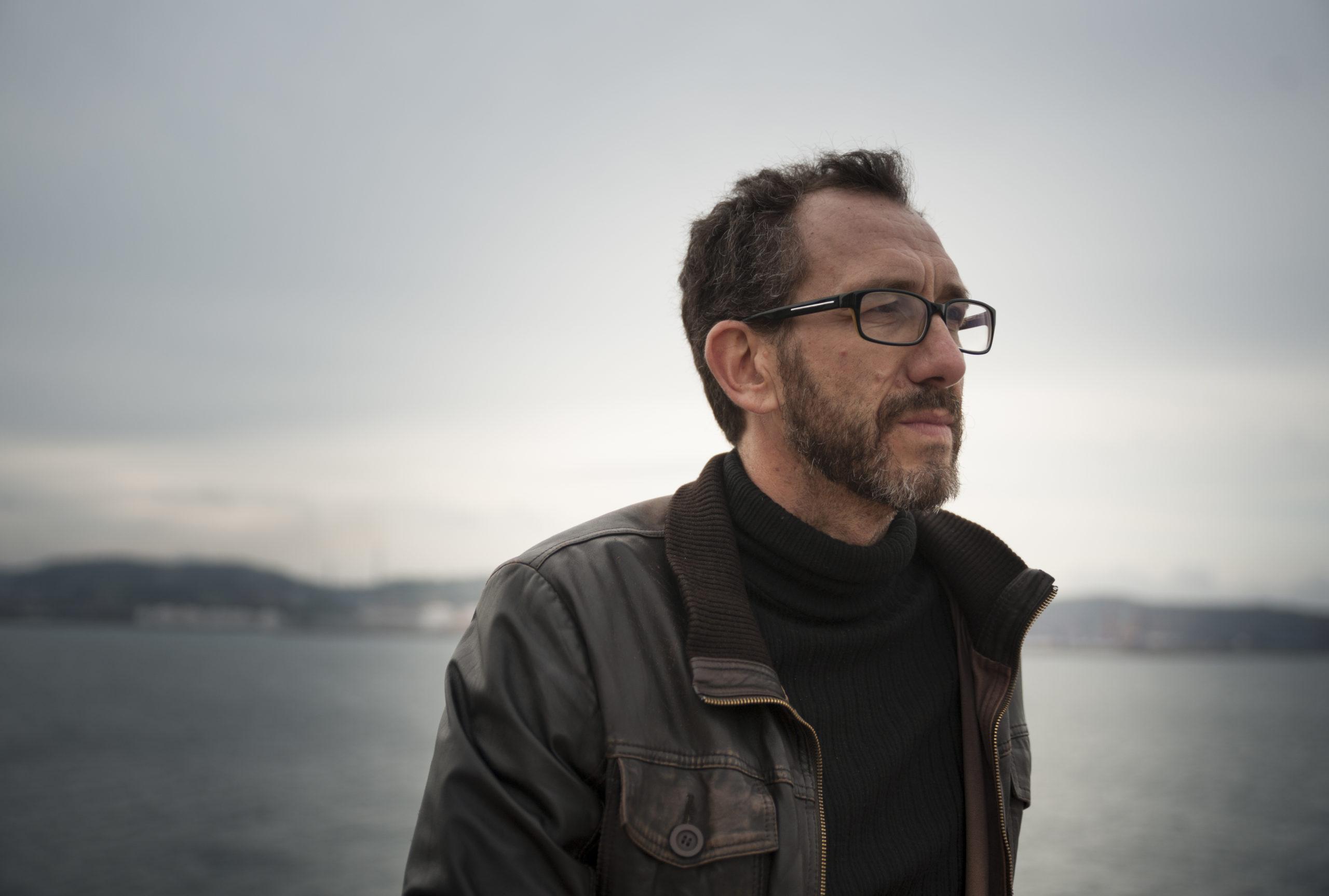 El escritor asturiano Ricardo Menéndez Salmón,  en Palabra